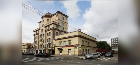 Чкаловский 50