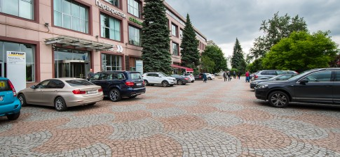 Варшавская Плаза